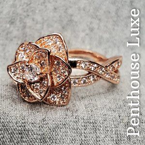 Gorgeous Rose Gold 3D Sparkling Flower Ring